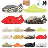 slide kanye west slippers  mulheres triplos pretos brancos esportes instrutor de moda respirável sapatilha 36-45