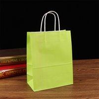 Toptan-10 adet / grup Kraft kağıt çanta kolları ile / 21 * 15 * 8 cm / festival hediye çanta düğün için bebek doğum günü partisi 1902 v2