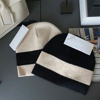 Luxurys fashion designers Bucket Hat comfortable warm and exquisite workmanship high quality autumn winter cotton cap couple hats 2 colors good nice