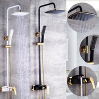 Moda Stil Boya Beyaz / Siyah Duş Bataryası Soğuk Ve Su Mikser Tek Kolu Ayarlanabilir Yağmur Bar Banyo Setleri