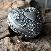 Dangle & Chandelier Heart Shape Metal Jewelry Box Flower Carved Trinket Alloy Ring Packing Case