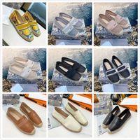 Classics Moafers Espadrilles Luxurys Designers Sapatos Sapatilhas Lona e Real Lambskin Dois Tom Cap de Tee Fashion Women Shoe Home011 02