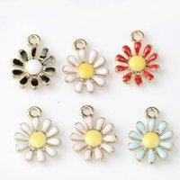 Nuevo esmalte vintage Daisy Sun Flower Aleación de aleación Tono de oro Encantos Ajustar para pendientes Pendientes Pulsera Joyas de accesorios de fabricación 794 R2