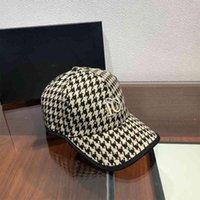 Moda Beyzbol Kap Unisex Eğlence Spor Kap için Yüksek Kaliteli Şapka Kişilik Basit Şapka Moda Aksesuarları Slim24R