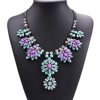 Women Bijoux Layered Resin Statement Necklace Colorful Sunflower Chokers Bib Necklaces Pendants