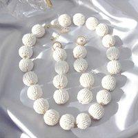 Big White Seed Seed Balls Ball Choker Collana Collana con perle Collana gioielli Brincos per le donne Regalo di nozze da sposa da sposa Y0528