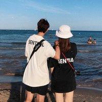 21SS夏のメンズファッションカシックスタイリストTシャツの手紙パターンプリント半袖プルオーバーデザイナーシャツ男性と女性の恋人