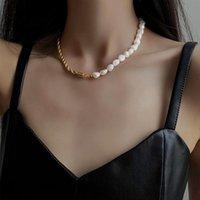 VSnow Minimalist Asymmetric Pearl Twist Chain Choker Necklace For Women Fashion Natural Baroque Wedding Jwellery Pendant Necklaces