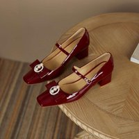 Sukienka Buty 2021 Spring Arrival Patent Leather Square Toe High Heels Buckle Strap Mary Janes Pearl Gorgeous Omen Pompy