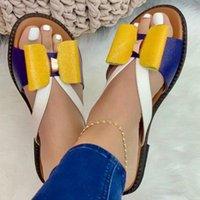 Сандалии Летние Женщины Тапочки Симпатичные Бабочка-Узливые Шкалы Повседневная Леди Открытый Слайды Плоские Плюс Размер Женские Обувь 2021