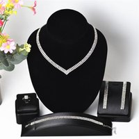 Earrings & Necklace Classic Crystal Bridal Jewelry Set Color Rhinestone Wedding Prom Performance Accessories