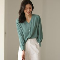 Women's Blouses & Shirts Womens Tops And Korean Fashion Ins Style Oversized Office Lady Casual French Chic Pearl Buttons V-Neck Female