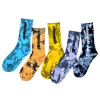 Spor Çorap Erkekler Kadınlar Renkli Kravat-Boyama Kaykay Pamuk Harajuku Hiphop Çorap Sox Etnik Çift Uzun Stil 5 Renkler