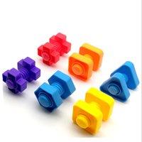 10 pz Montessori Learning Education Math Giocattoli Smart Eggs / Viti in plastica 3D Puzzle Game per bambini Giocattoli educativi Gyh 1269 Y2