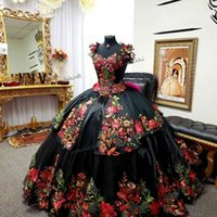 Vintage Black Embroidery Quinceanera Dresses 2021 Mexican Ball Gown Appliques Lace Prom Dress Corset Vestidos De 15 Anos Formal W