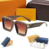 Occhiali da sole di alta qualità di lusso di lusso occhiali da sole moda mens occhiali da sole protezione UV Designer occhiali da vista in metallo cernellatura in metallo per occhiali da vista con casi originali scatole