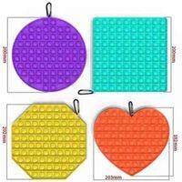 Mega Jumbo Rainbow Push Bubble Pop Zappeln Spielzeug Board Sinnes Finger Fun Fun Fune Popper Puzzle Carabiner Clip Einfache Schlüsselanhänger Squishies ADHS Benötigt H42UJ2D