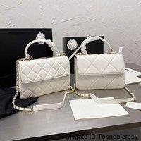 고품질 여성 Luxurys 디자이너 가방 2021 1 어깨 핸드백 숄더 크로스 바디 캐리 - 짠 가죽 스트랩 CCCCC 하드웨어 아이코닉