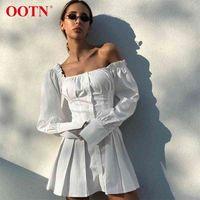 OOTN sexy off spalla bianco tunico abito pieghettato donne estate manica lunga camicia abito femminile volant festa mini abiti elegante 210325