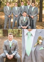 Men's Suits & Blazers Notch Lapel Light Gray Men Groom Tuxedos Bespoke Fashion Formal Blazer Brand(Jacket+Pants+Vest+Tie+Handkerchiefs)