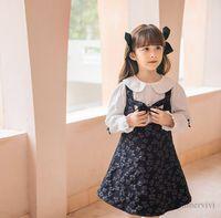 Mädchen Prinzessin Kleidung Sets Kinder Hohl Bögen Blumen Jacquard Hosenträger Kleid + Puppe Revers Pearls Bogen Hauch Hemd 2 stücke Herbst Kinder Outfits Q0959