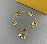 Womens Designer Pulseira marca Classic Letras Mens Pulseiras de Ouro Moda Pérola Pulseira de Luxo Designer Jóias