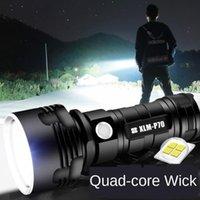 Lampes de poche Torches portables Mini P70 Strong Light Super Light Outflow extérieur Etanche haute puissance USB rechargeable