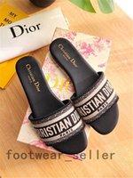 Christian Dior Diat Kadın Platformu Sandalet Klasik Tasarımcılar Slaytlar Düşük Topuklu Çiçek Brocade Flip Flop Nakış Loafer'lar Eğilim Sürgüleri Bayanlar Terlik