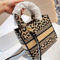 أدائي حمل النساء أزياء ليوبارد طباعة مصمم حقيبة الكتف الكلاسيكية عالية الجودة المرأة حقائب اليد المحافظ حقائب اليد الصغيرة حقائب crossbody جيدة