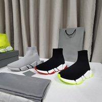 2021 Vendita calda Vendita originale Paris Calze a maglia Shoe Shoe Donne Uomini Casual Sock 2.0 Scarpe da passeggio Triple Black Black Bianco Royal Beige Red Speed Sports Snower Sneakers Boots Trainer 36-45