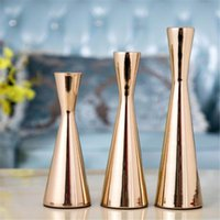 Candle Holders Simple European Candlestick Gorgeous Metal Wedding Decoration Centerpiece Gold Stand Christmas Gift