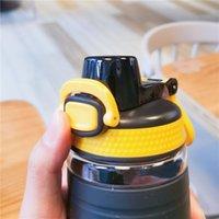 Bouteille d'eau de sport 550ml BPA Free Free Suspestes Tritan Bouteilles légères pour le camping en plein air Gym GGA4323