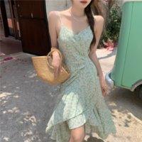 Одно кусок платье корейской V-образным вырезом Винтаж MIDI платья женщин без рукавов цветочный дизайн элегантный пляж 2021 летняя высокая талия