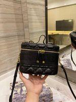 Макияж сумка женщин роскоши дизайнеры сумки на ремнях Руководства Tote дизайнерская сумка для сцепления путешествия сумка косметические чехлы девушки ручной сумки