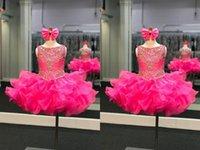Güzel Kısa Cupcake Toddler Bebek 2021 Küçük Kızlar Pageant Elbiseler Jewel Boyun Ruffles Organze Mini Kristal Boncuk Qinceanera Çiçek Kız İlk Communion Elbise