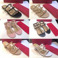 Mujeres Lujos Diseñadores Stud Sandalias Calfskin Tamelo Correas Remaches Zapatos de calidad superior Moda T atado Sandalia de diapositiva con caja
