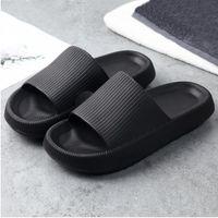 2021ss Hombres Mujeres Diapositivas Zapatillas Plataforma gruesa Playa de verano Eva Soft Solting Sandals Sandalias de ocio Baño interior Zapatillas antideslizantes A15