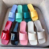 Женщина тапочка мода леди сандалии пляж толщиной дна продают хорошо бывают тапочки платформы алфавит резиновый высокий каблук слайды 102 02 02