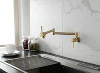 Moderne Stil Massive Messing gebürstet Gold Finish Wandmontierte Pot Füller Waschbecken Tap Küchenhahn Zwei Griffe