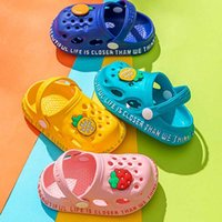 Baby sandals for young girls Cartoon children shoes Summer infant flip flops Children home Shoes Beach Swimming slippers