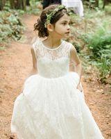 Romantik Plaj Ülke Çocuk Beyaz Fildişi Dantel Çiçek Kız Elbise Prenses Bir Çizgi Doğum Günü Çocuk Bohemian Düğün Örgün Önlükler 2019
