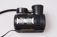30PCS الإطارات مضخة الهواء مضخة صغيرة 12V مع مضخة الهواء مضخة الهواء المحمولة البسيطة نفخ