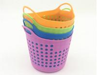 Paniers en plastique colorés d'organisateur de table de stockage Mini stockage polyvalent cosmétique de panier