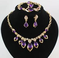 Schmucksache-Sätze 18K Gold überzogene Edelstein-Kristallanhänger-Halsketten-Armband-Ohrring-Ring-Hochzeitsfest-Satz 3 Farben Wählen Sie