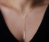 Venta caliente mujeres del envío gratis Simple color oro aleación en forma de gargantilla declaración collares colgantes