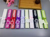 10 الألوان للاختيار من بينها تفضل الزفاف دش الزفاف تذكارية المشجعين اليد الحرير مع الليزر قطع علبة هدية بالجملة 100pcs / lot
