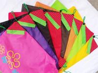 Nuovi sacchetti di acquisto pieghevoli della fragola creativa del nylon portatile Borse riutilizzabili di protezione dell'ambiente Sacchetti di acquisto ecologici Borse di totalizzatore