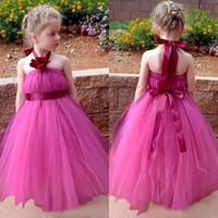 Carino 2018 Fuchsia Tulle Principessa Flower Girl Dresses For Weddings Halter economici fatti a mano fiori con Sash Girls Pageant Gowns EN10309