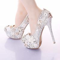 2019 bellissime scarpe da sposa punta rotonda strass abito da sposa scarpe fatte a mano gioiello di cristallo partito prom incredibile pompe tacchi sottili