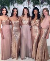Günstige 2020 Brautjungfernkleider mischen und passen Blush Rosa Chiffon mit rosafarbenen gold pailletten stoff bodenlangen gemixt styles land party kleid